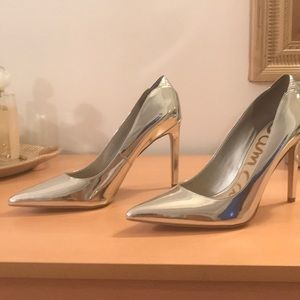 Sam Edelman chrome silver pointed toe heel 8.5